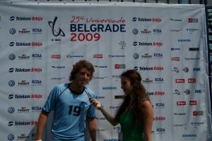 Liga Universitaria de Deportes entrevista a goleador celeste en Universiada de Serbia
