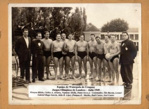Juan Luis Buceta y el equipo uruguayo de Water Polo en los JJOO Londres 1948