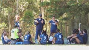 Liga Universitaria de Deportes entrenadores en acción