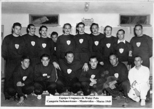 Juan Luis Buceta y el equipo Campeón Sudamericano de Water Polo 1949
